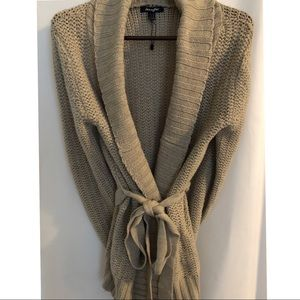 Sweaters - Tan sweater with belted waste bought in Italy NWOT